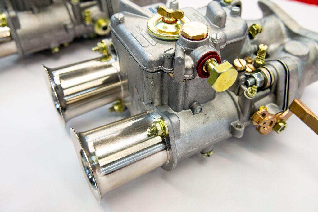 mass-racing carburettor specialists